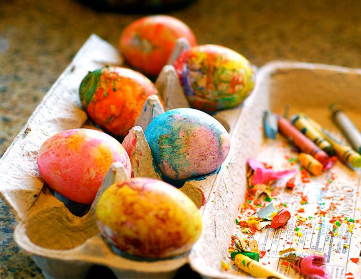 Лесни и ефектни техники за боядисване на яйца за Великден