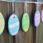 Великденска украса от глина у дома