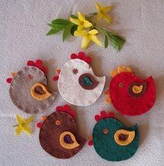 Лесна Великденска декорация с филц - Малки пиленца и кокошки