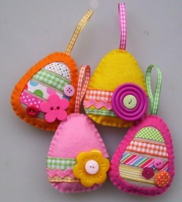 Лесна Великденска декорация с филц - Яйца с пълнеж