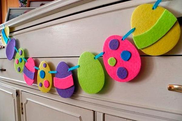Лесна Великденска декорация с филц